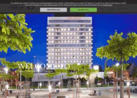 hotelcernigovhradeckralove.com